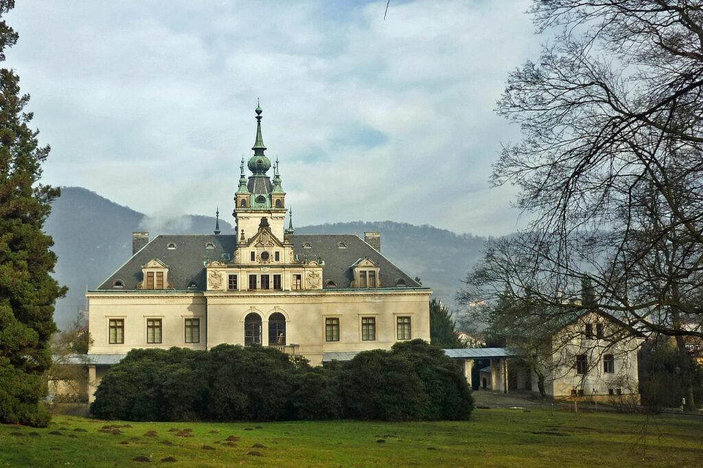 Nový zámek Velké Březno