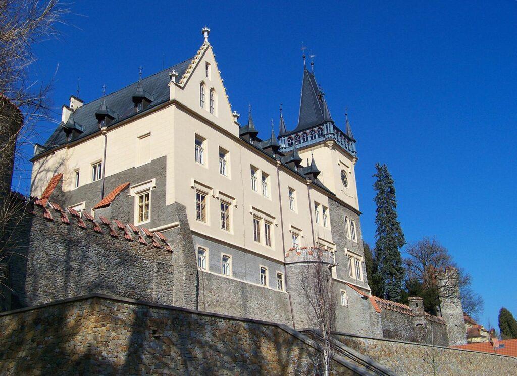 zámek Zruč nad Sázavou